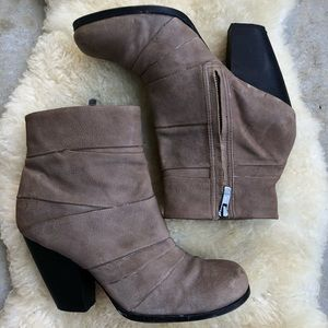 Vince Camuto Belta Ankle Boots Booties Taupe